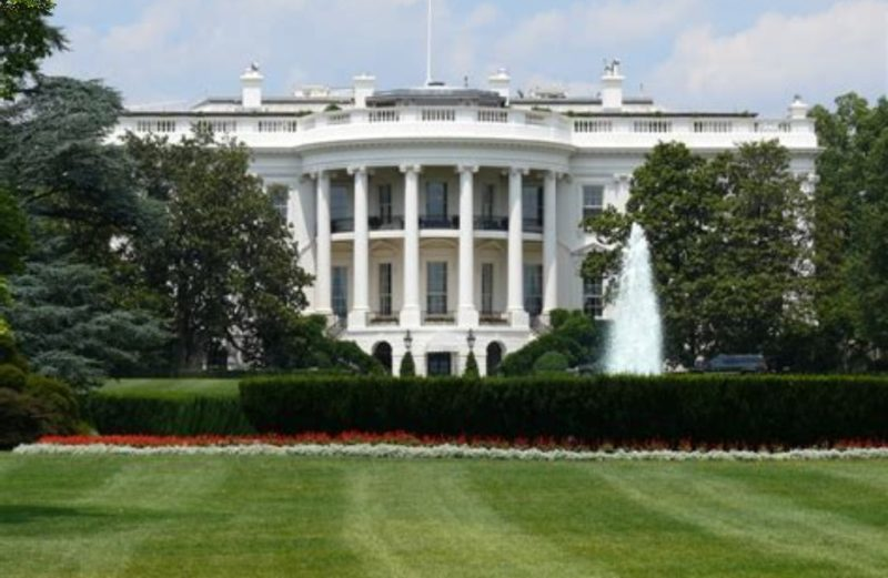 White House under Lockdown: After a Suspicious Package was found.
