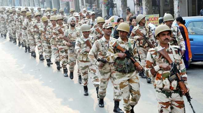 Additional Paramilitary Forces dispatched by India to fix Kashmir Issue.