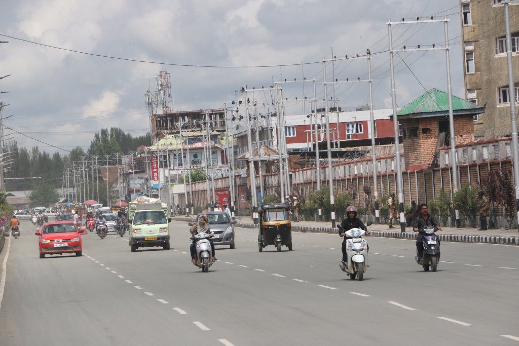 Pictures of normal Traffic movement from Srinagar on Monday Eid Day. Kashmir remained Peaceful