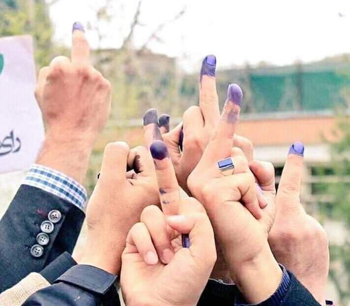 Afghan voters showing Middle finger to the Taliban Terrorists along with all their sympathizers