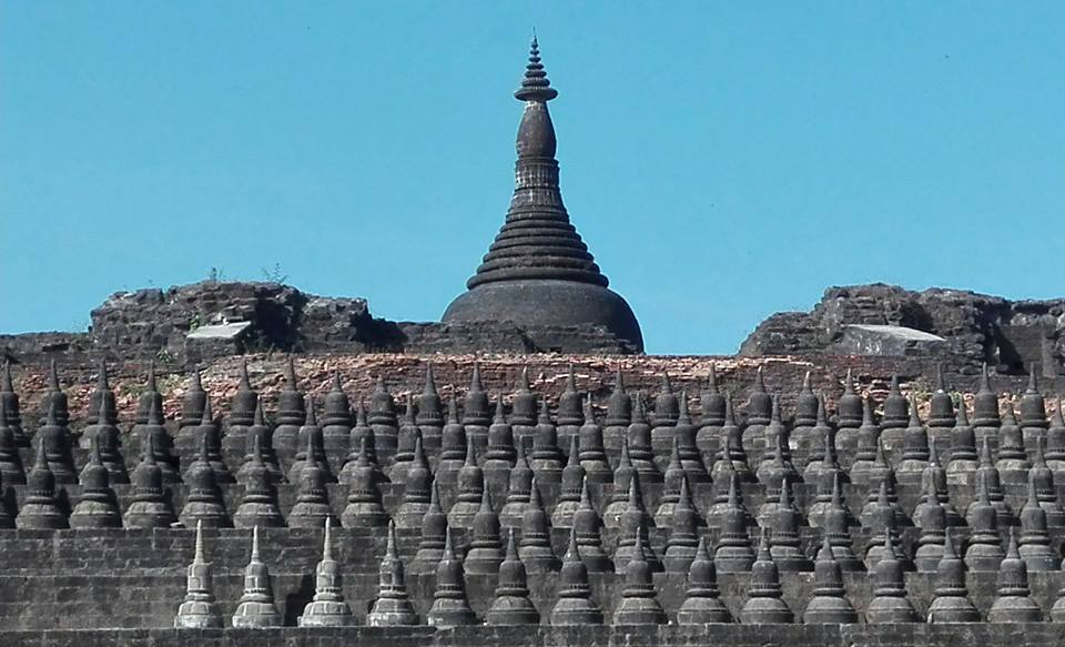 Koe-Thaung-Temple