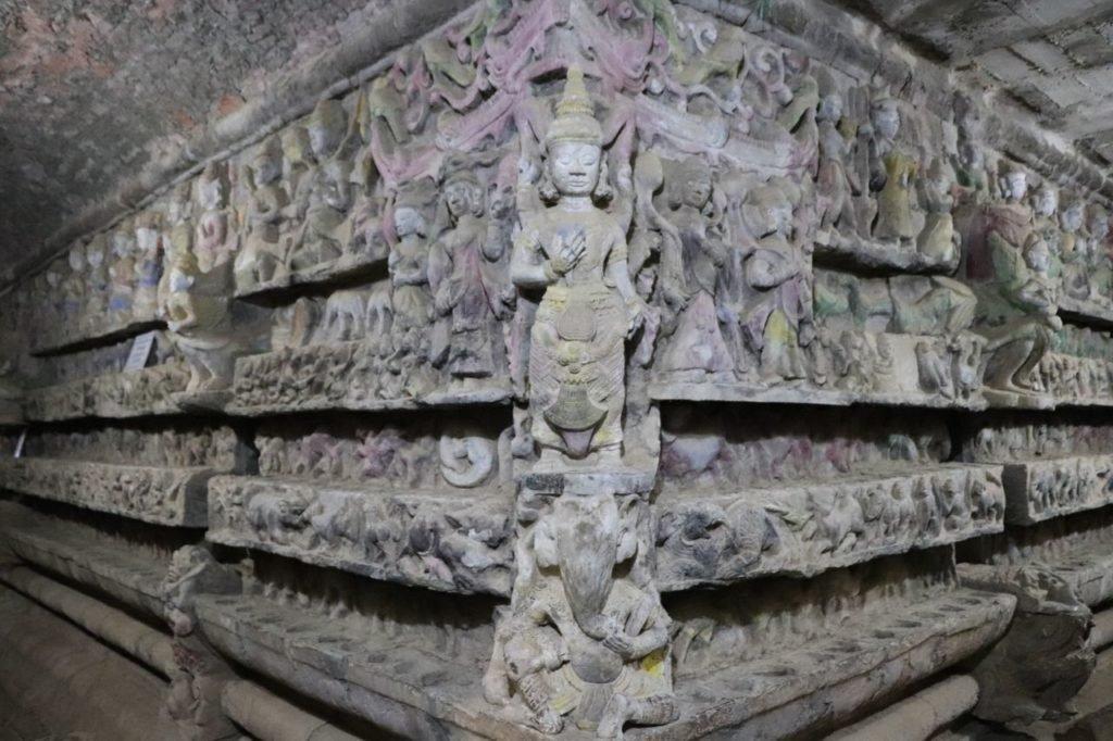 Shittaung-Paya-Pagoda-Temple-Mrauk-U-Myanmar-Burma