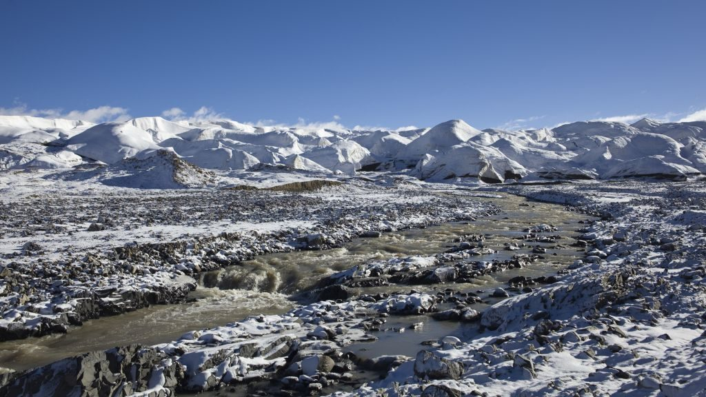 Ancient never-before-seen viruses discovered locked up in Tibetan glacier