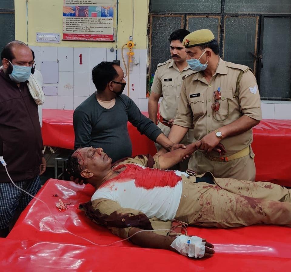 Tablighi Jamaat Accelerating Spreading Chinese Virus In India - Stage 3 (Violence) has set in.  Cops beaten up in Muzaffarnagar.